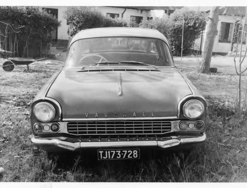 33.32-lillies-leaf-Vauxhall-car
